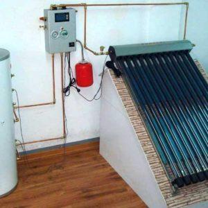 solar hot water / eau chaude solaire